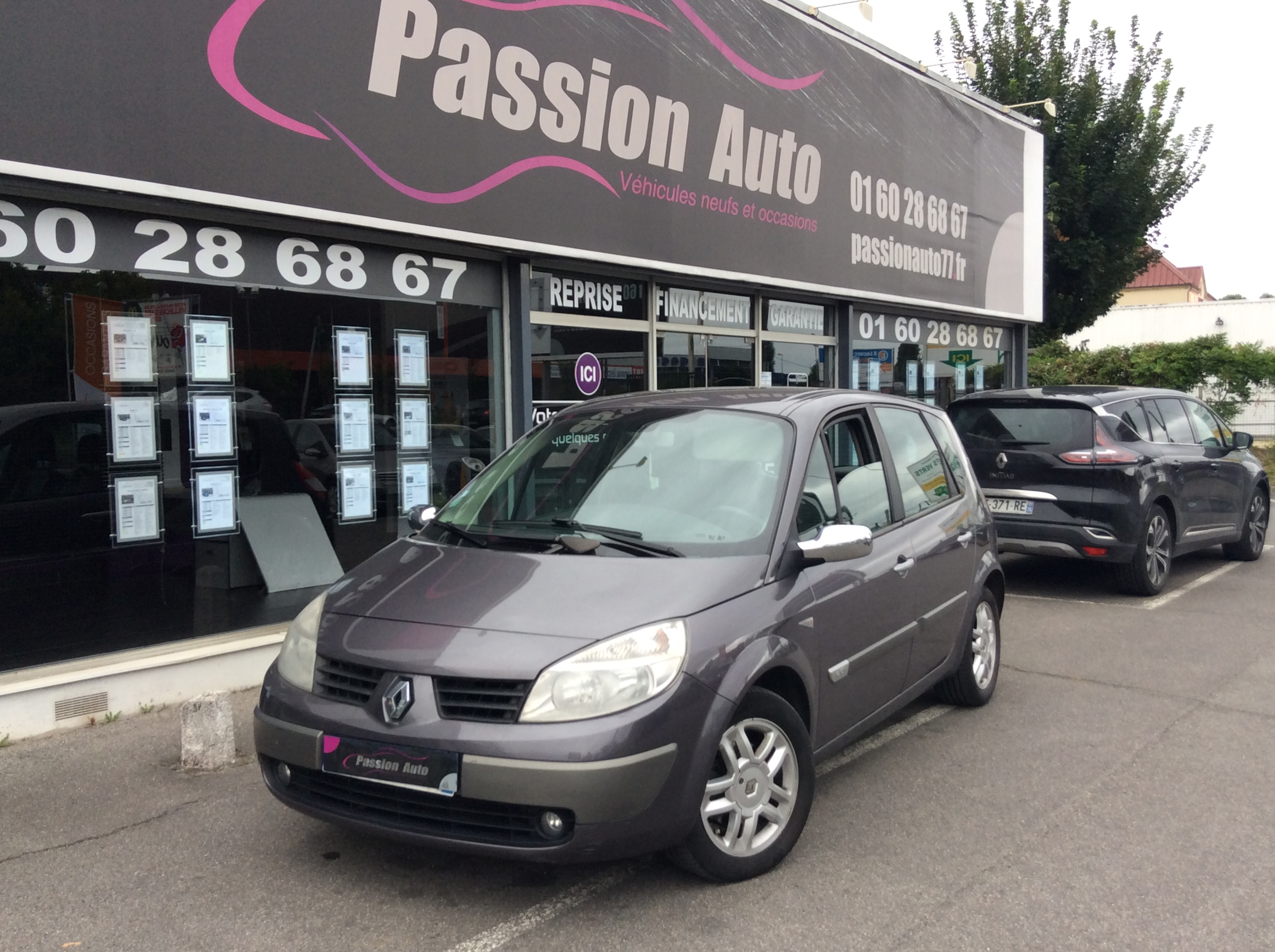 voiture renault scenic 1 5 dci 105 euro 4 exception occasion diesel 2005 168000 km 2990. Black Bedroom Furniture Sets. Home Design Ideas